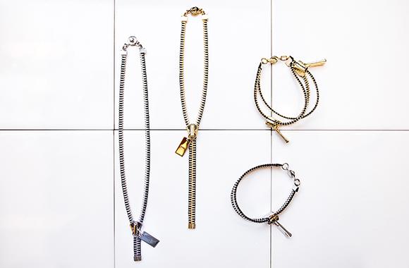 ネックレス 各色¥7,800、二連ブレスレット¥9,800、一連ブレスレット¥5,800[以上、共にPERSO]<br /> ※全て、税抜価格