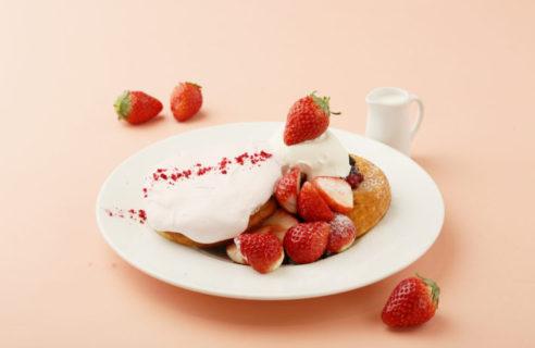 【ご好評につき再登場!!】あまおうとふわっとストロベリームースのパンケーキ