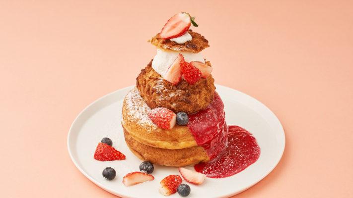 〈ストロベリーフェア〉ストロベリーシュークリームパンケーキ