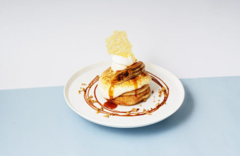 【CHEESE meets CAKE】北海道産リコッタクリームとキャラメルバナナのチーズブリュレパンケーキ