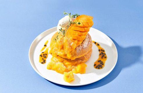 【まるごとフェア】まるごとマンゴーとなめらかパッションソースのパンケーキ
