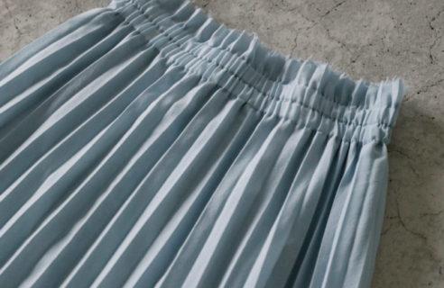 爽やかなカラースカート