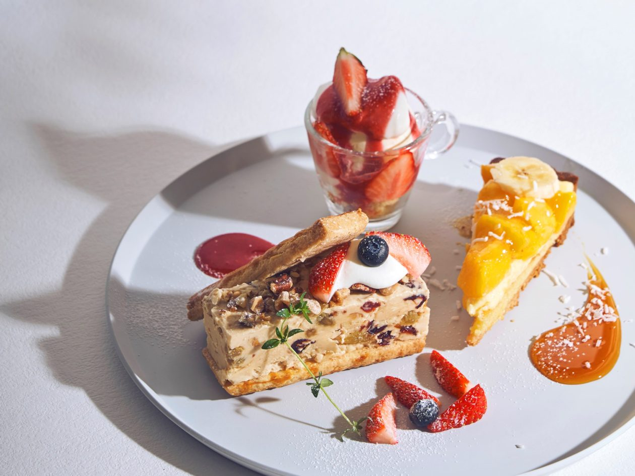 旬の美味しさ盛り合わせ!メインデザートが選べる、とびっきりお得なデザートプレート。
