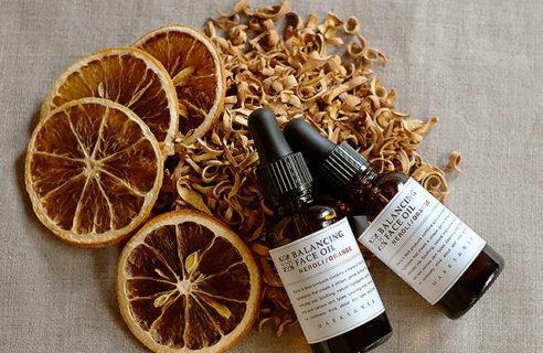 やさしく甘い花と果実の香り 季節限定「ネロリ/オレンジ」
