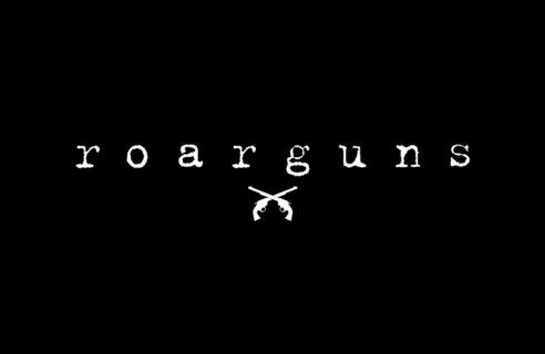 【roarguns/ロアーガンズ】ROYAL FLASH 別注フーディー‼︎